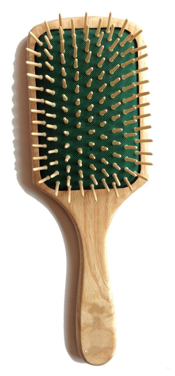 Cepillo de madera cuadrado para el pelo