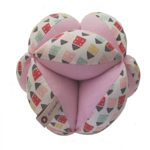 Pelota Montessori casitas rosas