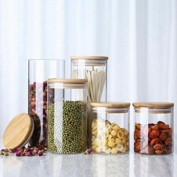 Tarros de vidrio y madera para guardar alimentos a granel